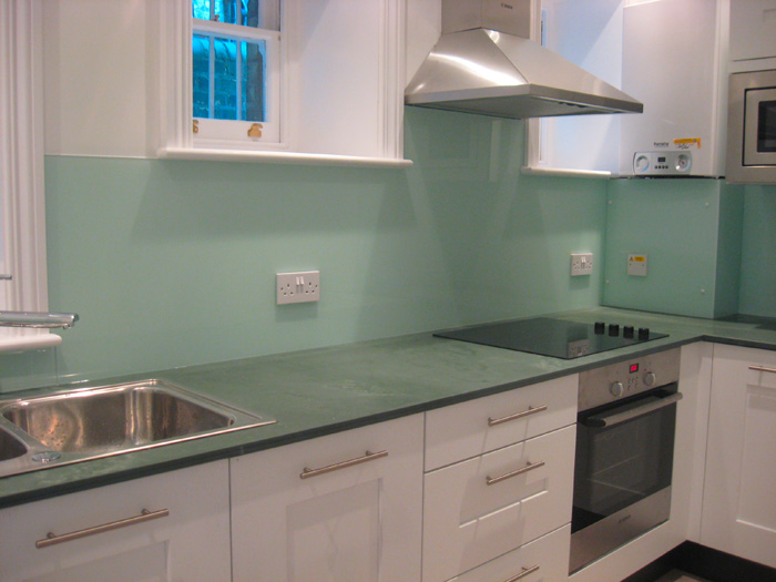 perfect glass splashbacks